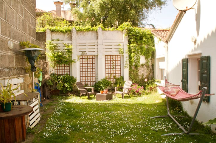 Private room in charming house 50m to the beach - Nigrán - Casa