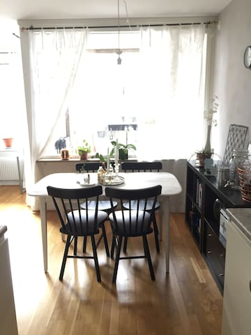 Private room in a cozy apartment. - Göteborg - Apartment