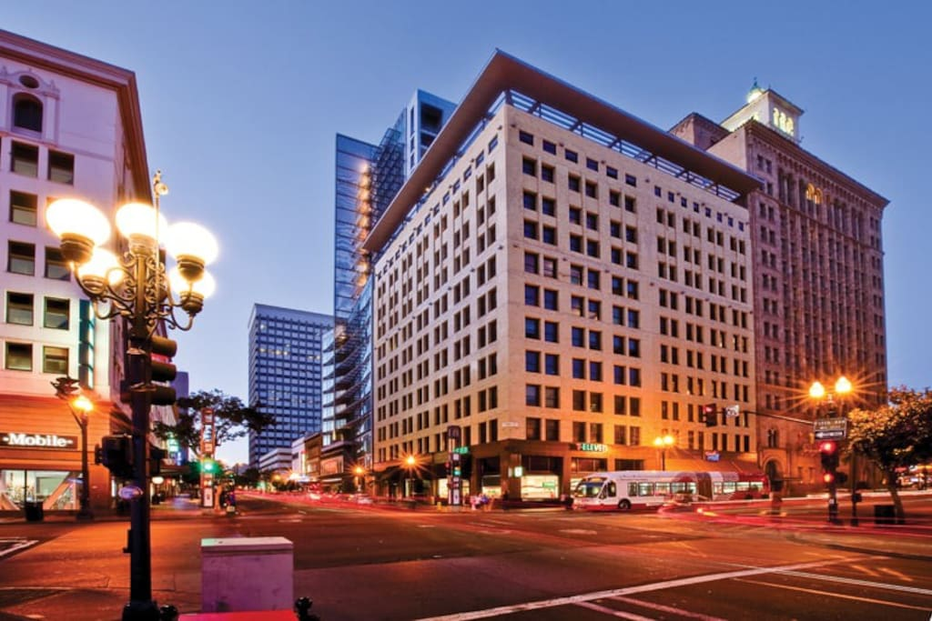 Historical First National Bank Building converted into Live Work Lofts.