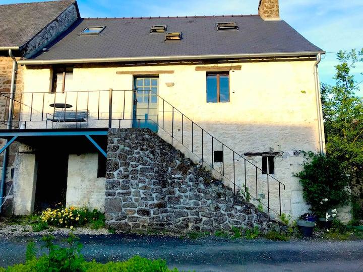 Beautiful Detached House in village near Mayenne