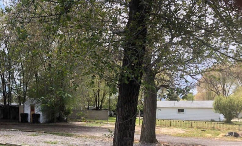 Spacious RV lot! Ride to ATV trails from town!
