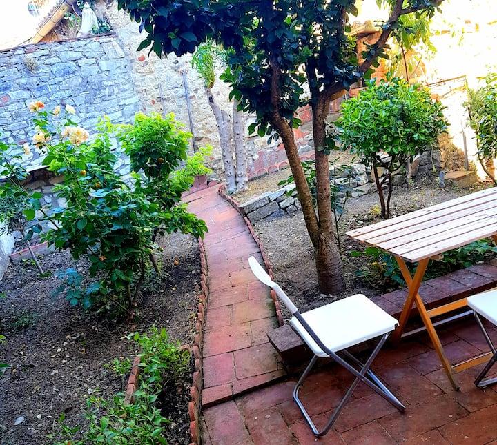 The Quiet House in Radda in Chianti's Castle
