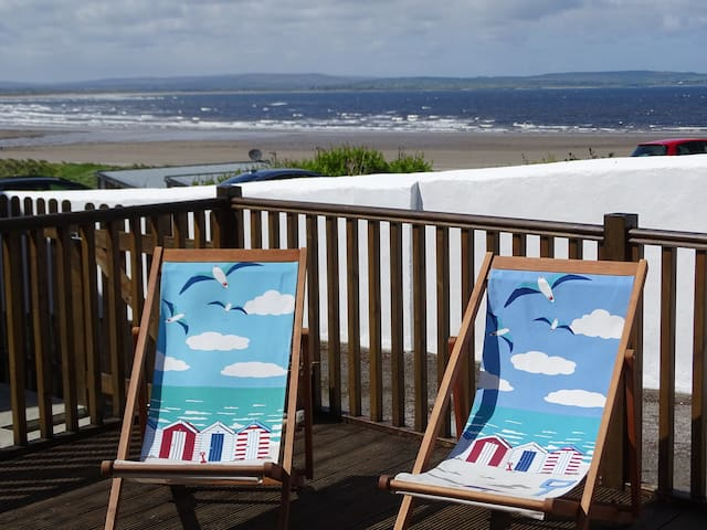Seaforth, relax by the sea and take in the views.