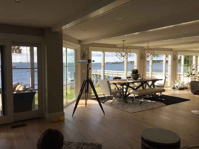 Majestic views with a Spa like feel - Kittery - Hus