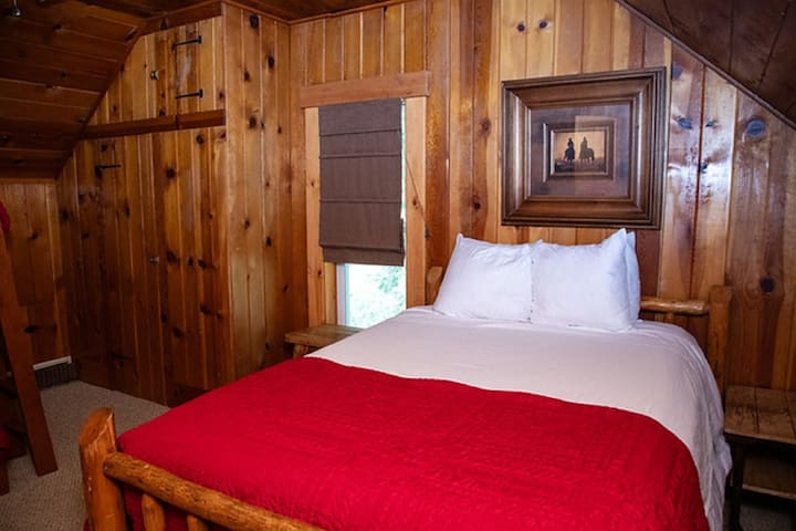 Ranch House - Bedroom #5 - One Double Bed, One set of Bunk Beds - Upstairs