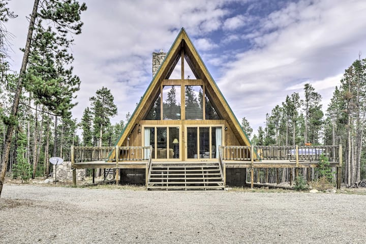 NEW! Cozy Fairplay A-Frame Cabin w/Fire Pit + Loft