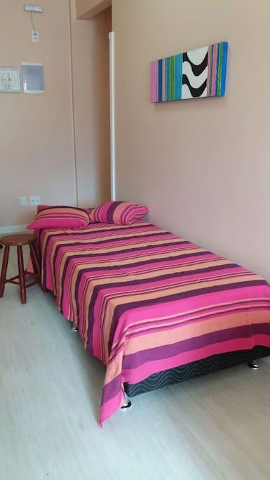 cama de solteiro, colchão ortopédico, com protetor, cama baú