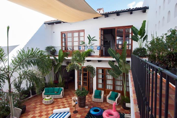 Casa Dalusso Balcony Suite in Old Town Hacienda