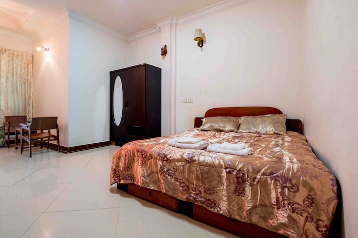 Cozy Studio near Royal Palace and Riverside