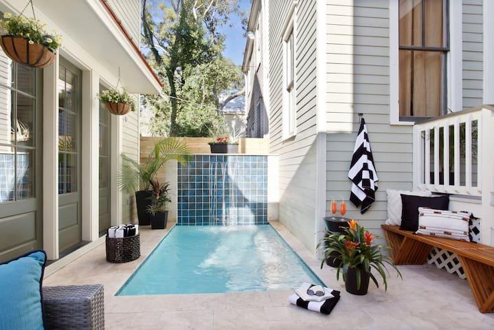 Contemporary Luxe Compound   Private Pool