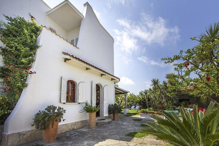 Villa con spiaggia a 60 metri