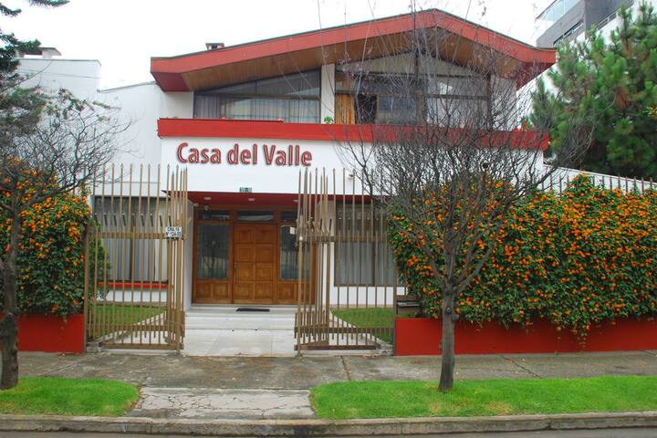 "CASA HOTEL ""CASA DEL VALLE HOTEL"""