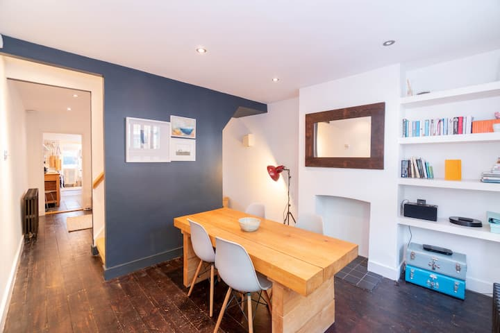 Modern, stylish cottage in the heart of Whitstable