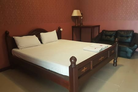 Comfortable room at Chaiyapreuk - Pak Kret - Guesthouse