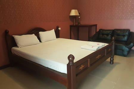 Comfortable room at Chaiyapreuk - Pak Kret - Rumah Tamu