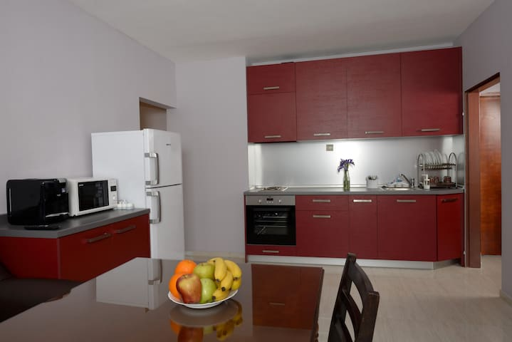 A Spacious 3 Bedroom Apartment - Sofya - Daire