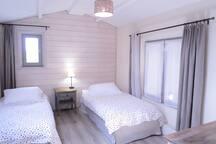 Chambre 2 (lits 90X200)