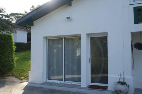 beau logement indépendant  dans villa