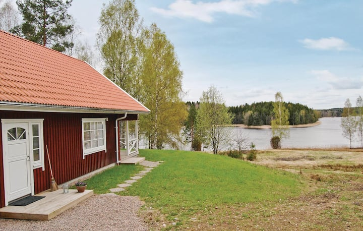 Holiday cottage with 1 bedroom on 77m² in Karlstad