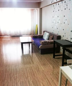Cosy Apartment in heart of Ulaanbaatar - อูลานบาตาร์