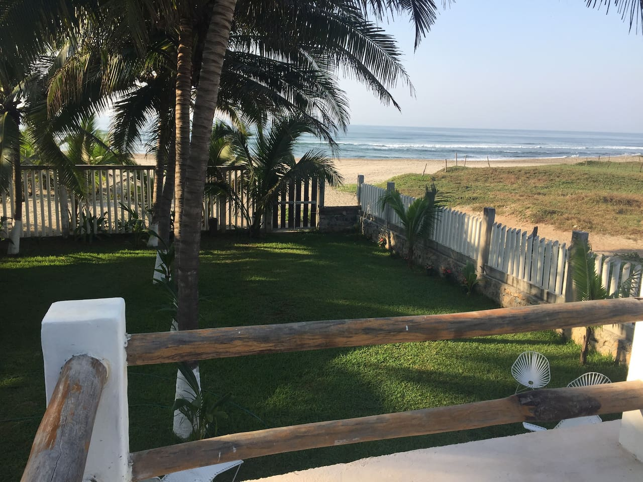 Tu hogar frente a la playa. Your home at the beach