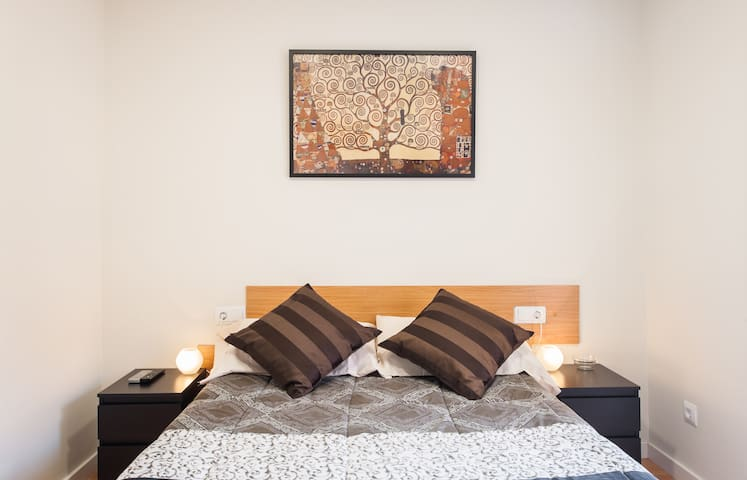 Room with private bathroom Klimt - Barcelone - Bed & Breakfast