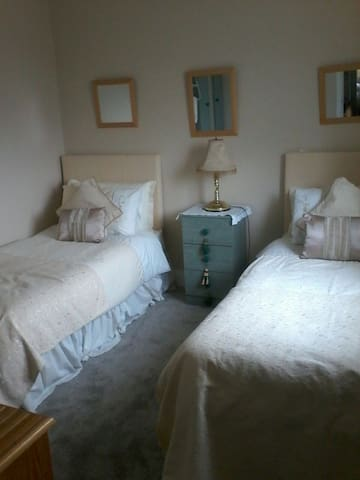 Trendy twin room, Killorglin