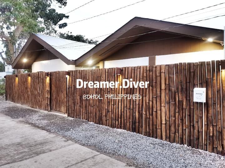Dreamer.Diver RoomB
