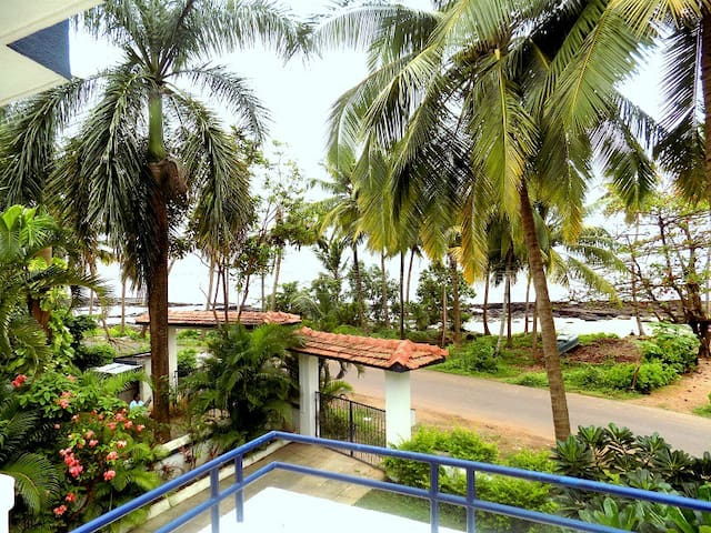 Beach Front 3bhk Independent Villa - Nerul - Casa de camp