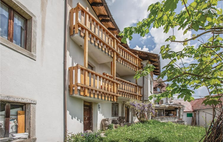 Semi-Detached with 3 bedrooms on 90m² in Ravascletto UD