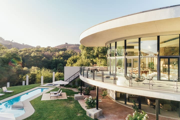 Secluded 20 Acre Modernist Estate w/ Unrivaled Views  ❤ by AvantStay