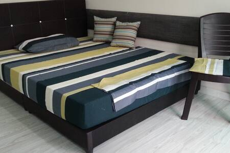 Starz Valley Room-KLIA-University Hub (FREE RIDE) - Nilai - Hostel