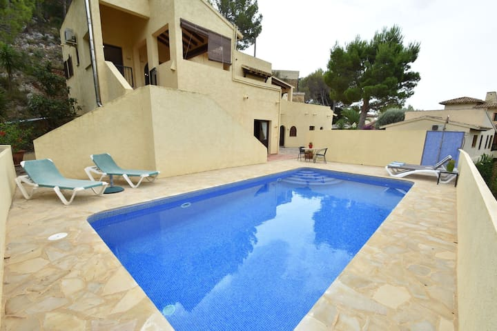 Charming Villa in Altea with Private Swimming Pool