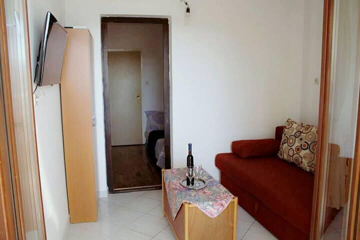 Apartmani Ivanka 3