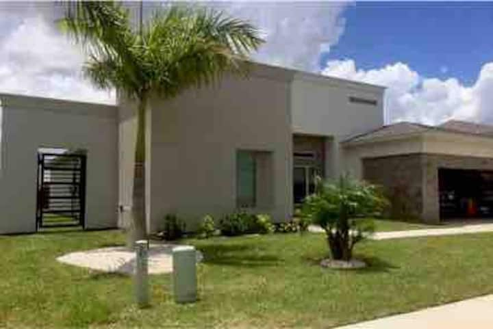 New! modern style house, great location!