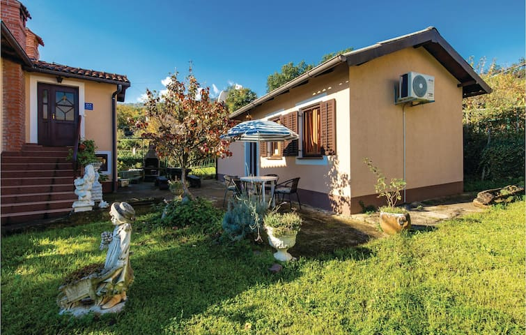 Holiday cottage with 1 bedroom on 50m² in Lovran
