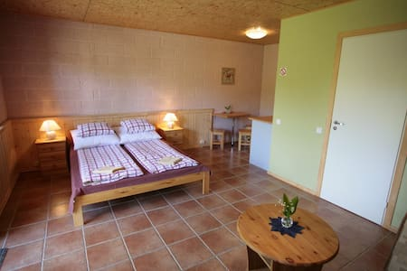 Private apartement with double bed