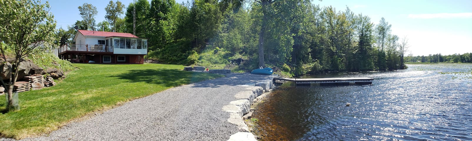 Entire Waterfront Cottage Bobcaygeon Kawartha's
