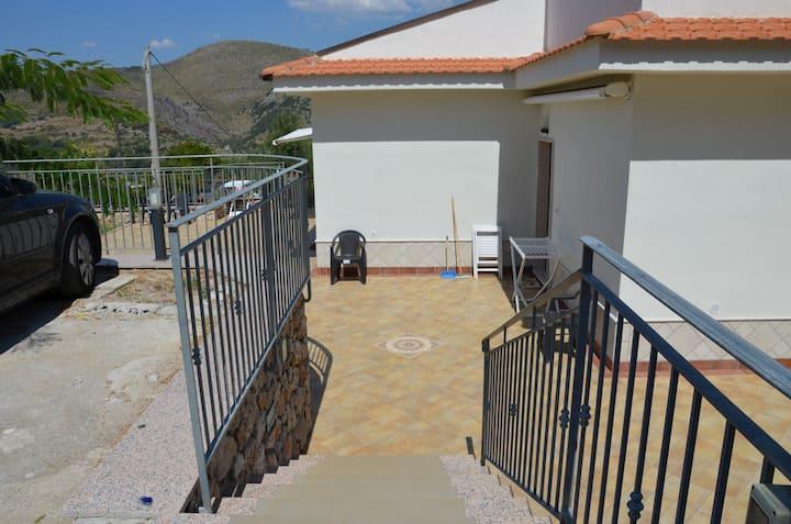 Casa Sul Mare A Gaeta Zona San Vito Sant Agostino Case In Affitto A Gaeta Lazio Italia