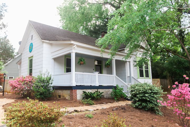 Athens Cottage (2BR)--Walk to Normaltown!