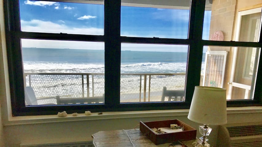 Directly on Ocean! Updated + Balcony + Views!!!