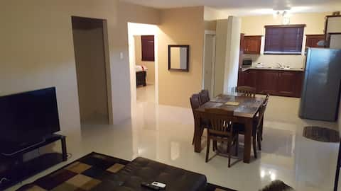 Condo at Riverview, great for business or vacation
