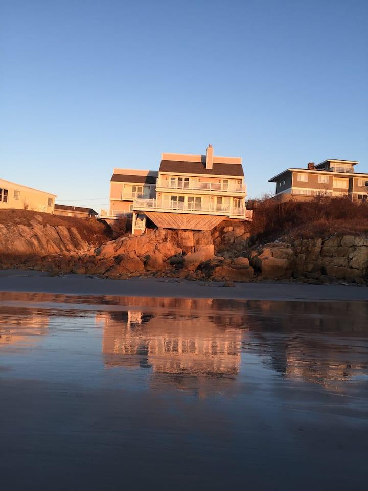 Wingaersheek Beach House (Private)
