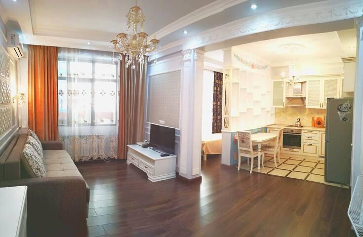 Стильная 1 комнатная квартира в Алматы