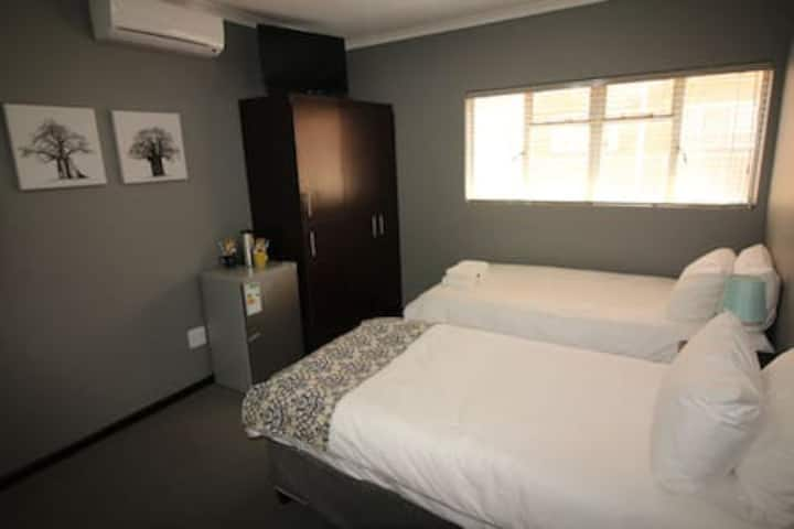 Cornerstone Luxury Self Catering Unit Room 2
