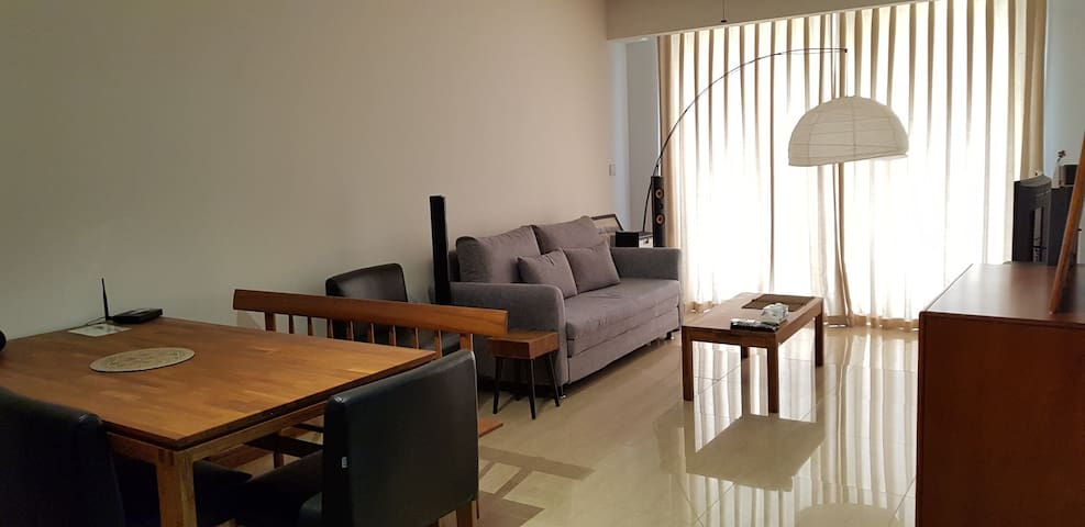 Cosy & Modern 1BR in StarCity (FOR LADIES ONLY)