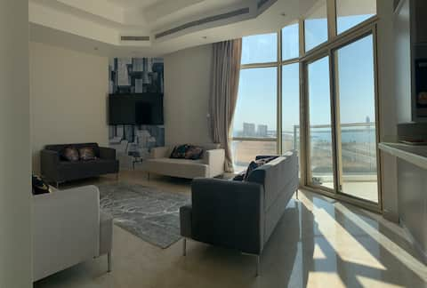 luxurious apartment with panoramic sea view