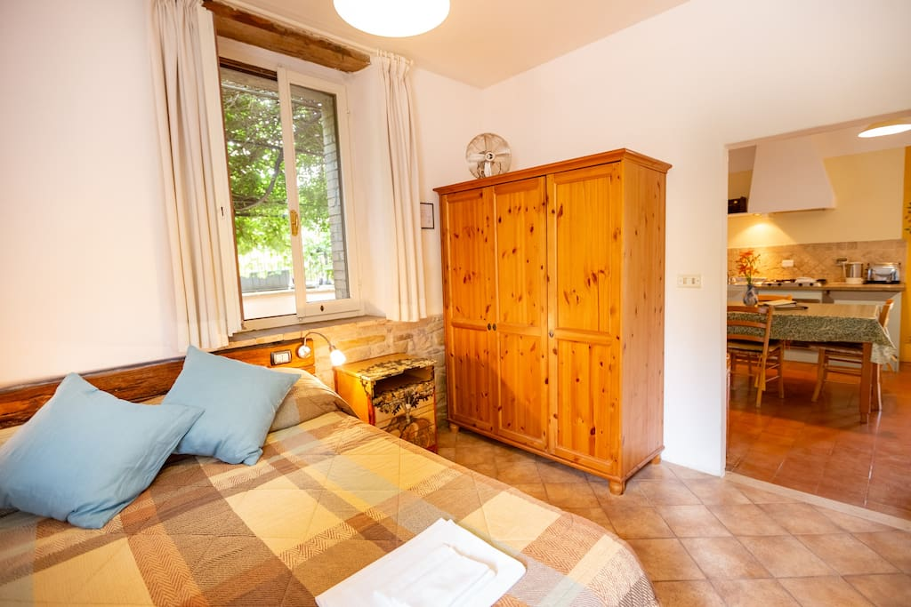 SELF-CATERING ONE-BEDROOM APARTMENT -  Sleeps a maximum of two adults and two small children