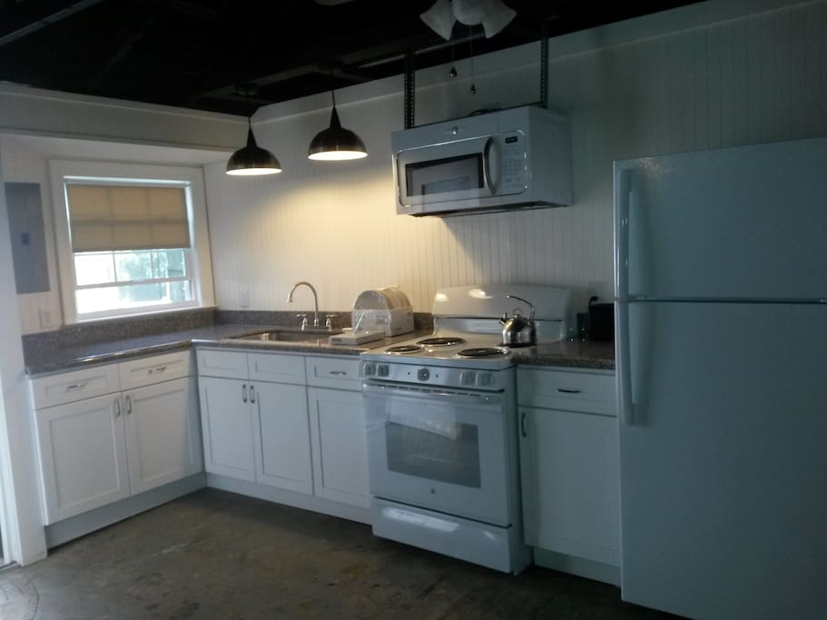 Fully equipped spacious kitchen