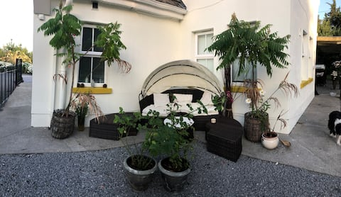 Double Room with En-suite and private entrance